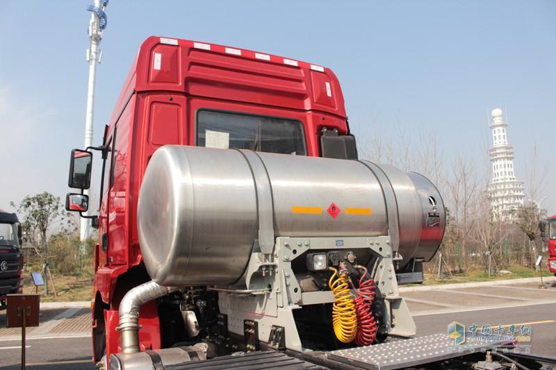 搭载995L单体超大罐体,拥有四大优势!