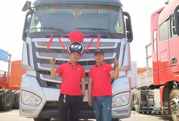 福田戴姆勒欧曼EST510超级卡车