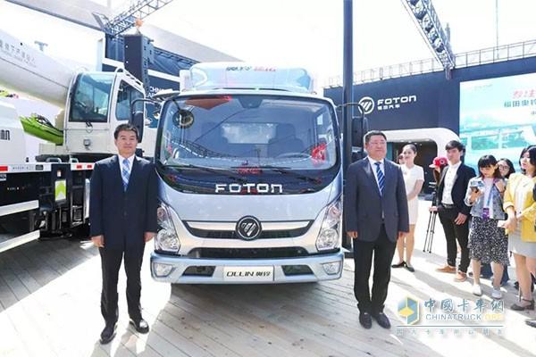 奥铃速运智能版登陆北京国际车展