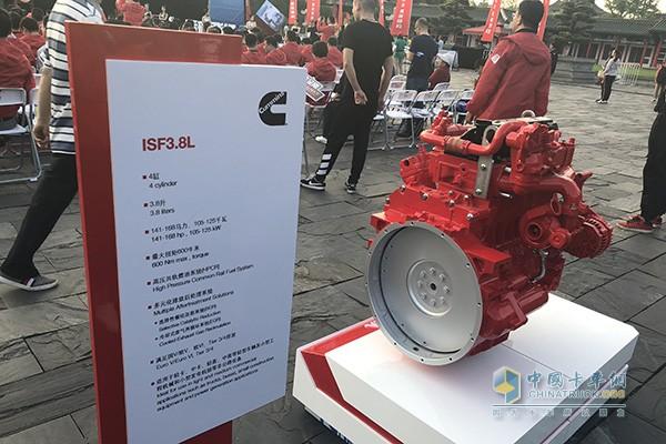 康明斯3.8升发动机