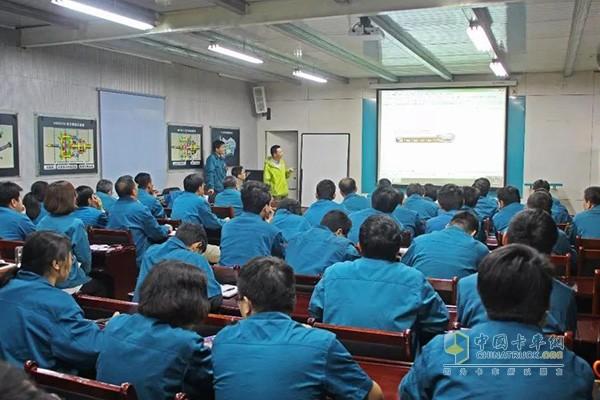 中国重汽变速箱部全面推进质量管理体系建设