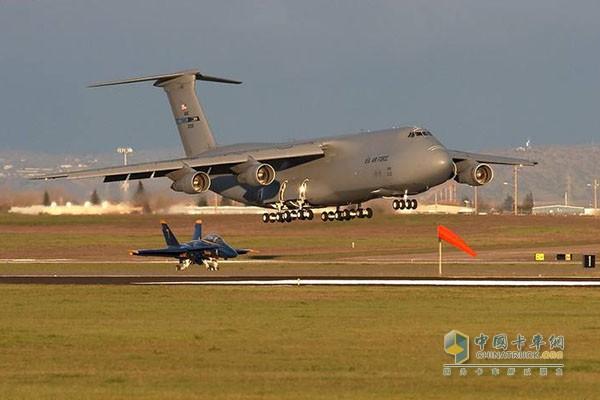 与凯锐重载金刚同样大容量的C-5A