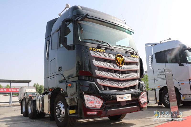 欧曼EST-A超级卡车,B10寿命真正达到150万公里,平均故障间隔里程达5万公里,具有年运营里程超过30万公里