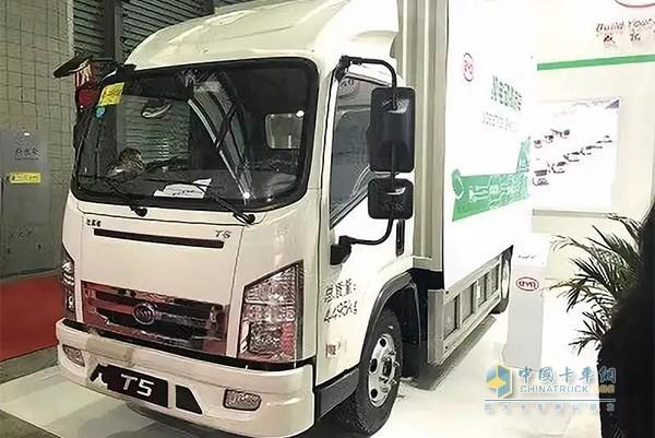 比亚迪T5纯电动卡车
