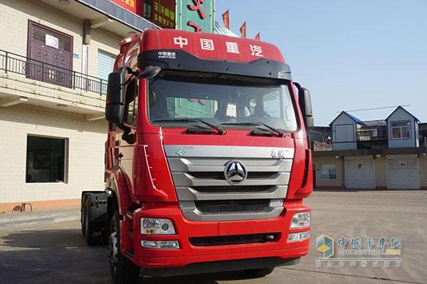 中国重汽豪瀚曼技术天然气牵引车