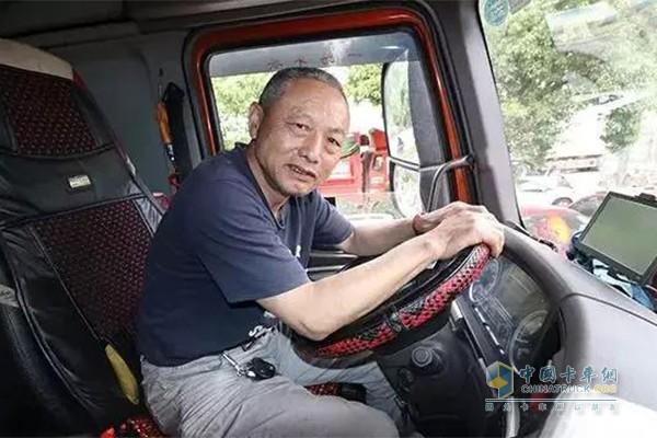 南昌农贸市场的绿通老司机谌冬生师傅