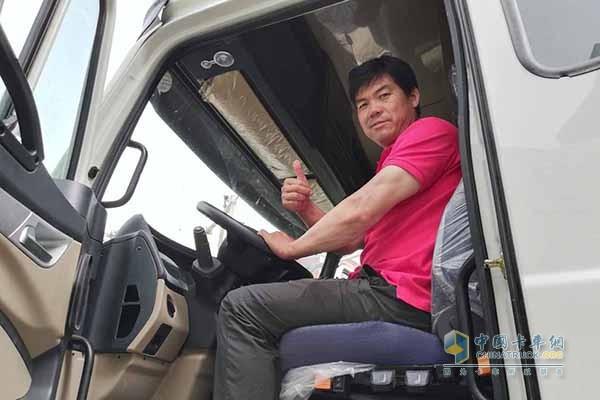 中国重汽节气大赛新疆站冠军喜占福
