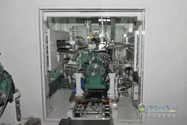 锡柴应用国内首次实现重型柴油机生产线冷试工艺
