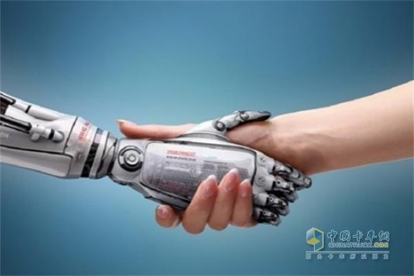 龙蟠科技开启从传统制造企业向数字化企业的深刻转型