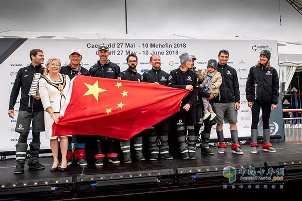 再次夺得帆船赛总积分榜桂冠 东风队究竟如何做到的?