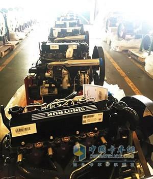 中国重汽首批20台MC04发动机已顺利下线