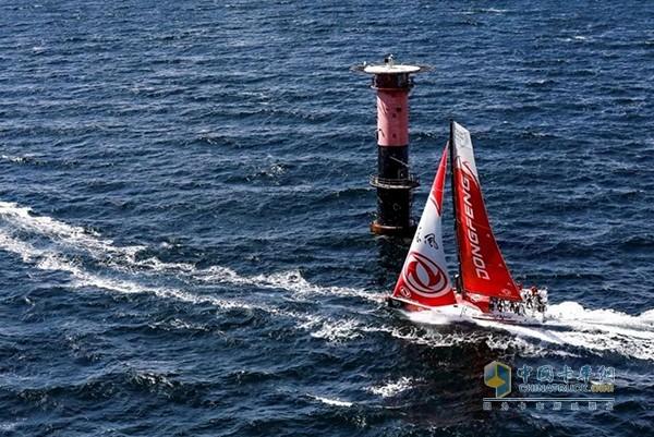 东风队在2015年沃尔沃帆船赛上一炮而红
