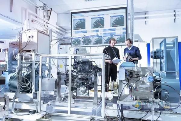 上汽动力自主研发与引进国外先进技术相融合