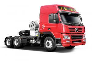 大运重卡新N8E 6×2 380马力LNG牵引车