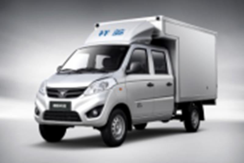 福田祥菱V 半承载 3400轴距  1.5L 两用燃料 双排(厢车)