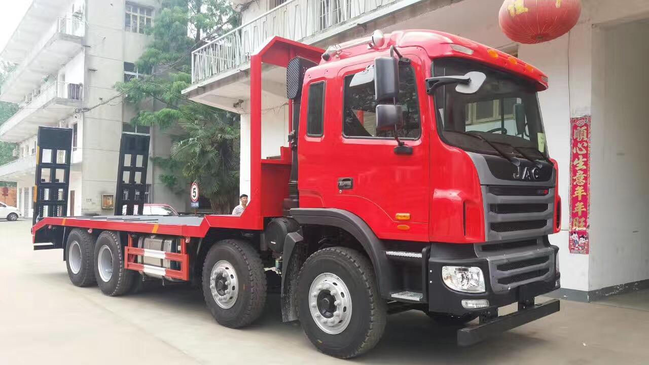 江淮格尔发K5 8×4平板运输车 工程设备运输车