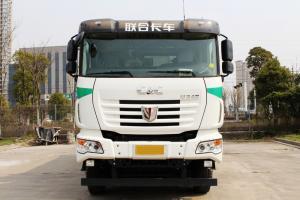 联合卡车 超短轴距 8×4 LNG 城市渣土自卸车