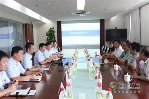 中国重汽集团济南动力事业部访问渤海活塞