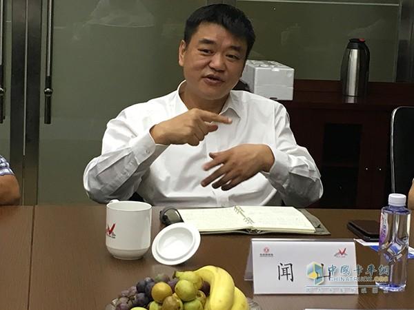 东风汽车贸易有限公司总经理闻山