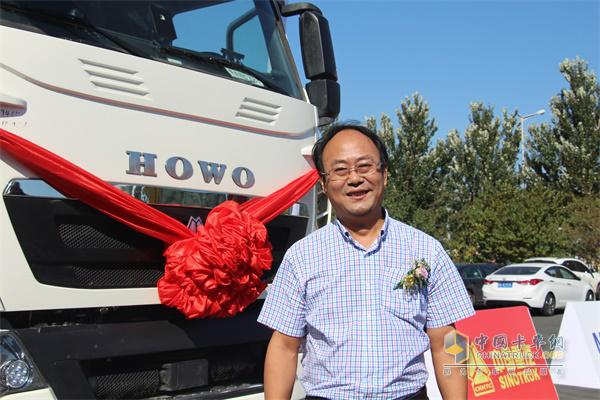 中国重汽销售部副总经理段恒永