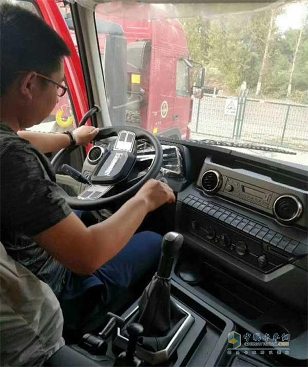 江铃威龙的驾驶操控灵活、稳定、平顺