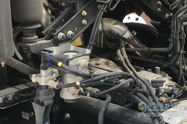挂车刹车阀采用克诺尔产品