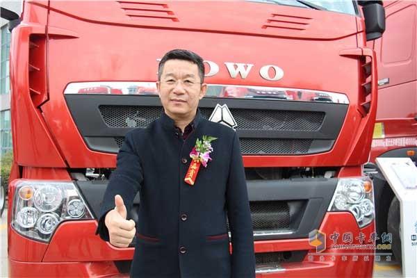 中国重汽销售部党委常务书记高增东