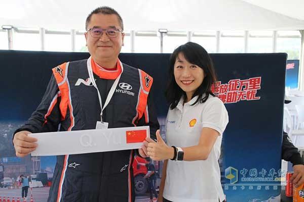 深圳市赤湾东方物流有限公司副总经理余京强