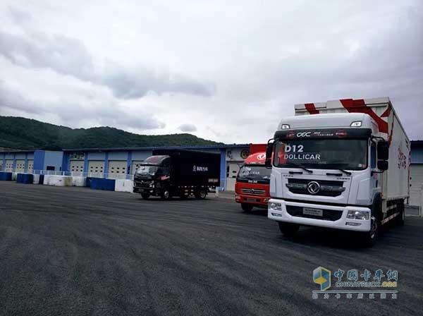 强大的后勤服务保障车队---东风轻型车队