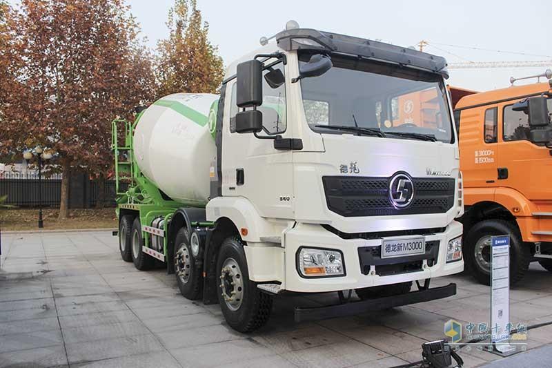 陕汽 德龙新M3000 340马力 8X4 混凝土搅拌车(10档)