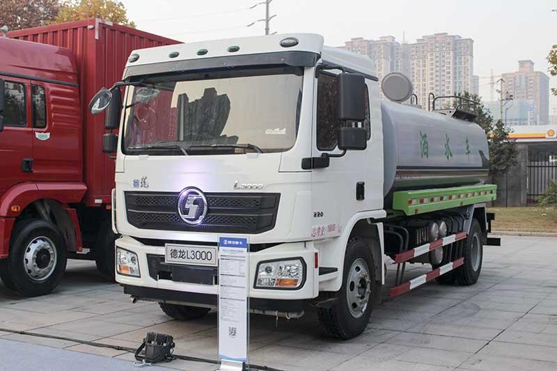 陕汽重卡 德龙L3000 4×2 220马力标准版洒水车