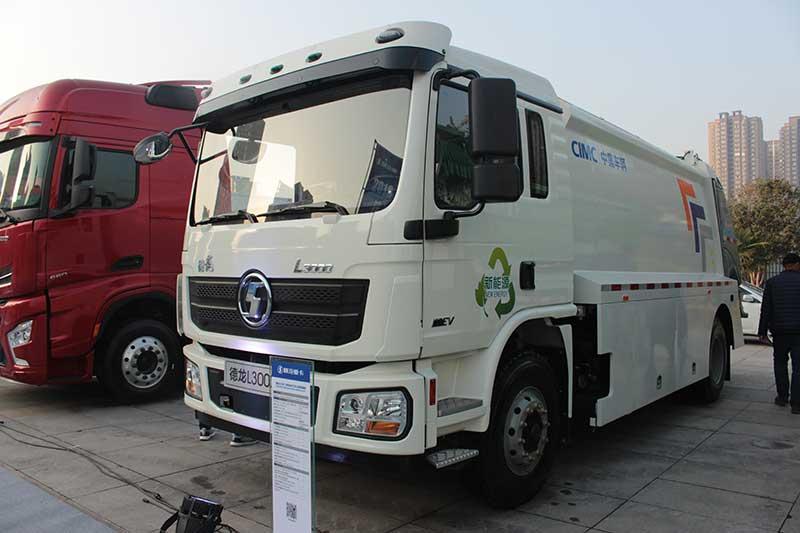 陕汽重卡 德龙L3000 4×2 纯电动环卫车