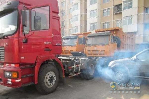 卡车烧机油现象