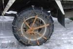 卡车雪天行车打滑怎么办? 老司机告诉你怎么做