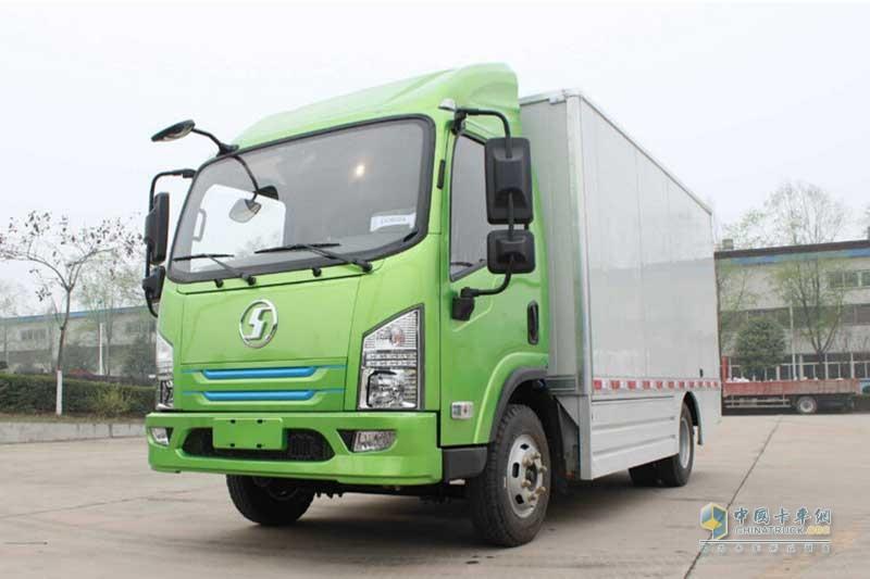 陕汽商用车 轩德E9 4.2米单排厢式纯电动轻卡(SX5070XXYBEV1)