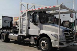 东风柳汽 乘龙T5重卡 270马力 4X2车辆运输长头牵引车(LZ5180TBQT5AB)
