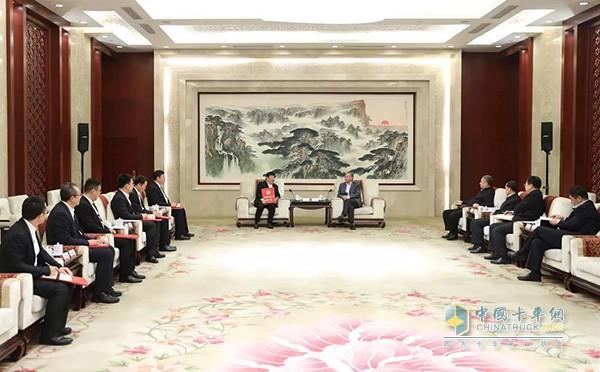 山东省委书记刘家义在济南会见潍柴动力创新团队