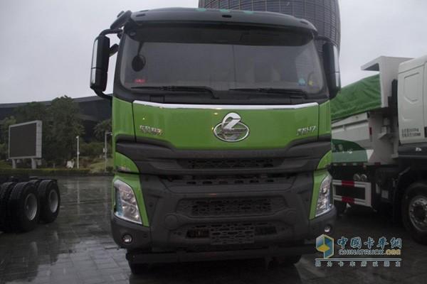 乘龙H7 LNG车型