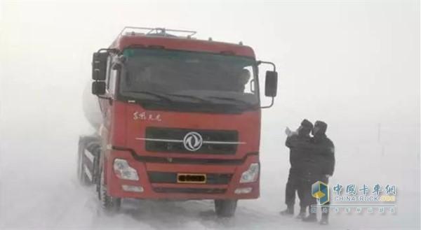 气温降低时卡车防冻液的使用