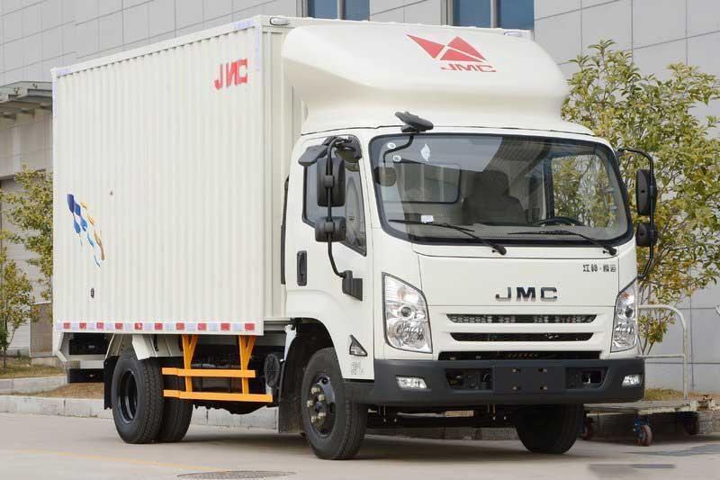 江铃 凯运强劲版 轻载型豪华款 129马力 4.08米单排厢式轻卡(宽体)