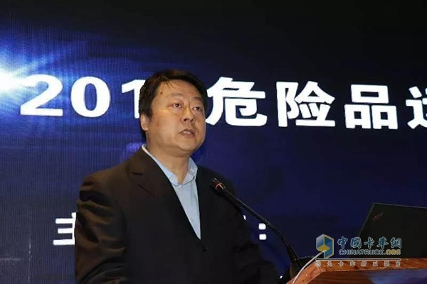 中国重汽销售部常务副总经理苗志强
