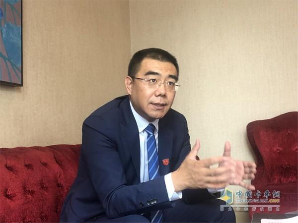 一汽解放销售公司副总经理张松先生