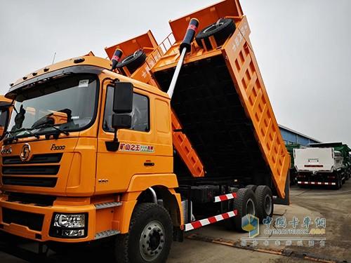 陕汽重卡 德龙F3000 6×4 380马力 5,8米 矿山自卸车