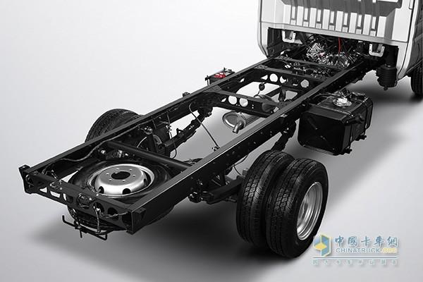开瑞优劲T70L/T72L 采用大承载车身设计