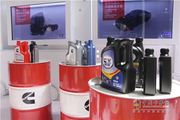 康明斯润滑油产品展示