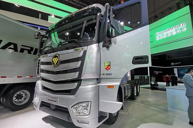 福田戴姆勒 欧曼EST-A 2019款 国六畅行版 560马力 6×4 牵引车