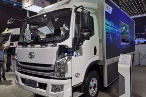 上汽跃进 超越C500i 5.2米货箱 纯电动 智能城市物流车
