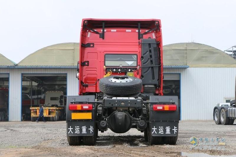 大运 N8V重卡 标载型 430马力 6X4牵引车(CGC4250D5ECCE)