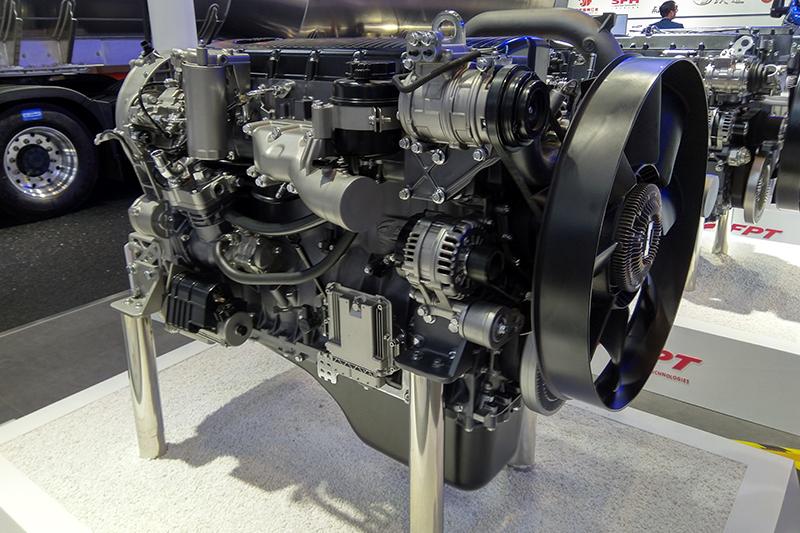 上汽菲亚特红岩动力 Cursor 9 国六发动机