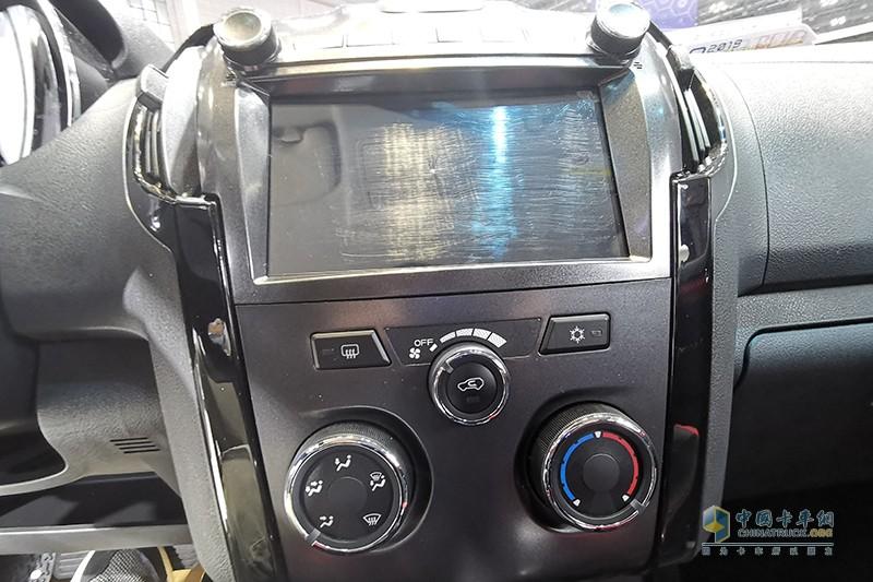 庆铃汽车 TAGA 4×2 皮卡 运动版